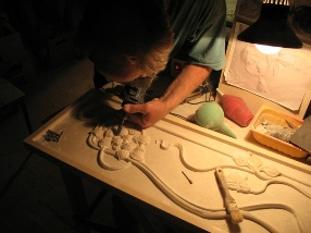 Изготовление каминов, декора и элементов интерьера из натурального камня в Санкт-Петербурге